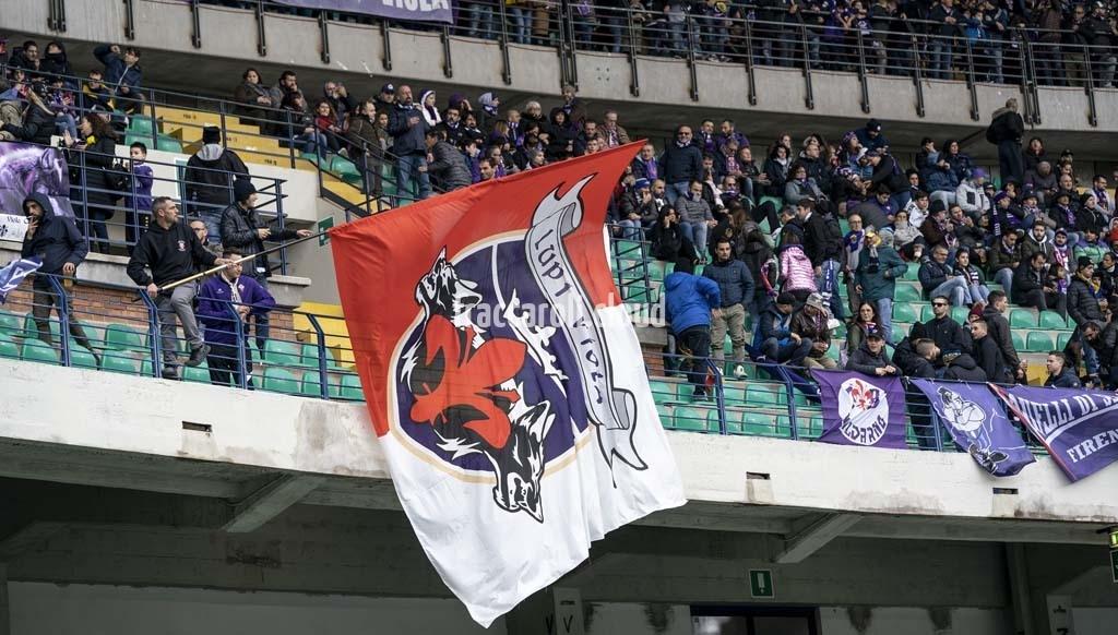 Curva-Fiorentina_2044